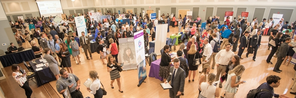 UNCW students at the 2017 Career Fair
