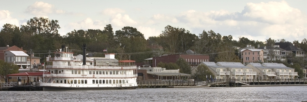 The Henrietta boat on the Cape Fear River